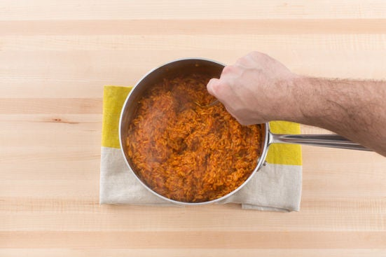 Make the tomato rice: