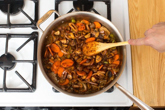 Add the vegetables & prepare the shiitakes: