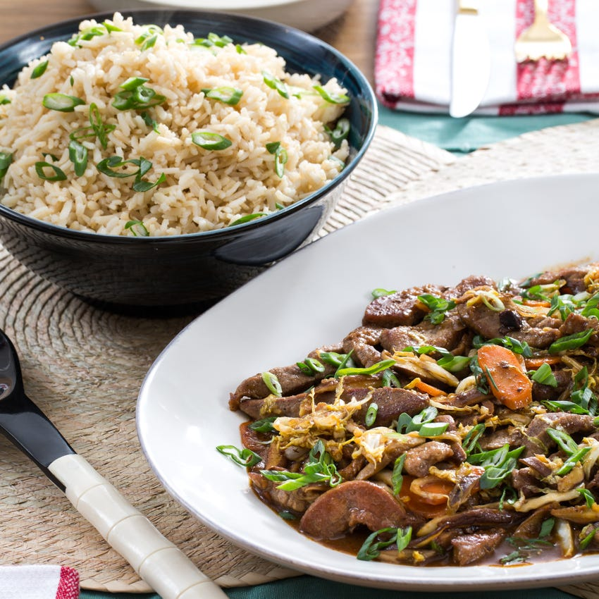 Cantonese-Style Beef & Vegetable Stir-Fry with Shiitake Mushrooms & Brown Rice