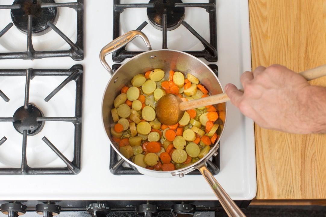Start the chowder: