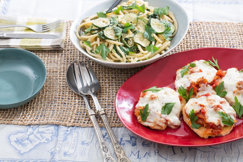 Blue apron zucchini salad - Chicken Parmesan With Fresh Mozzarella Spinach Zucchini Pasta