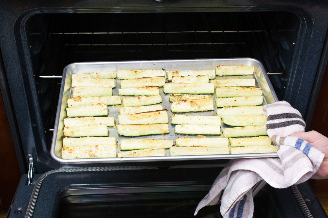 "Make the zucchini ""fries"":"