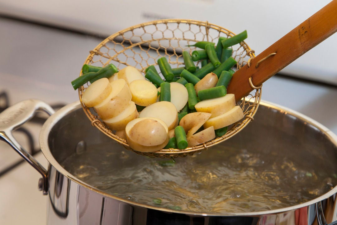 Cook the green beans & potatoes:
