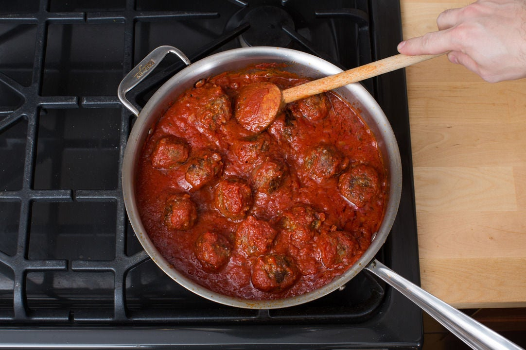 Make the sauce & finish the meatballs: