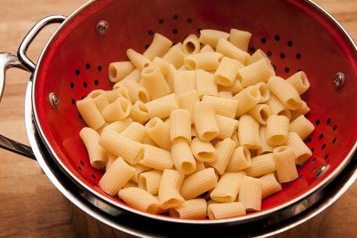 Cook the mezzi rigatoni: