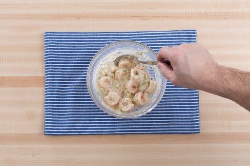 Dress the shrimp: