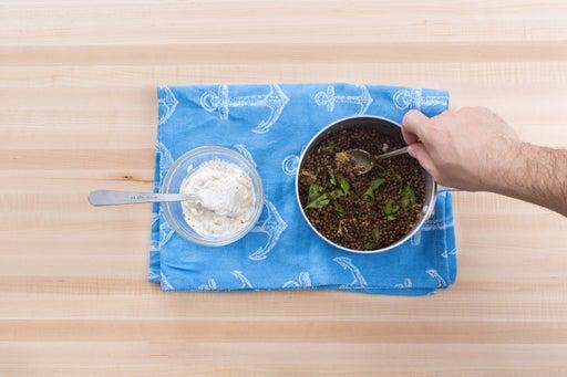 Make the lentil salad & yogurt sauce: