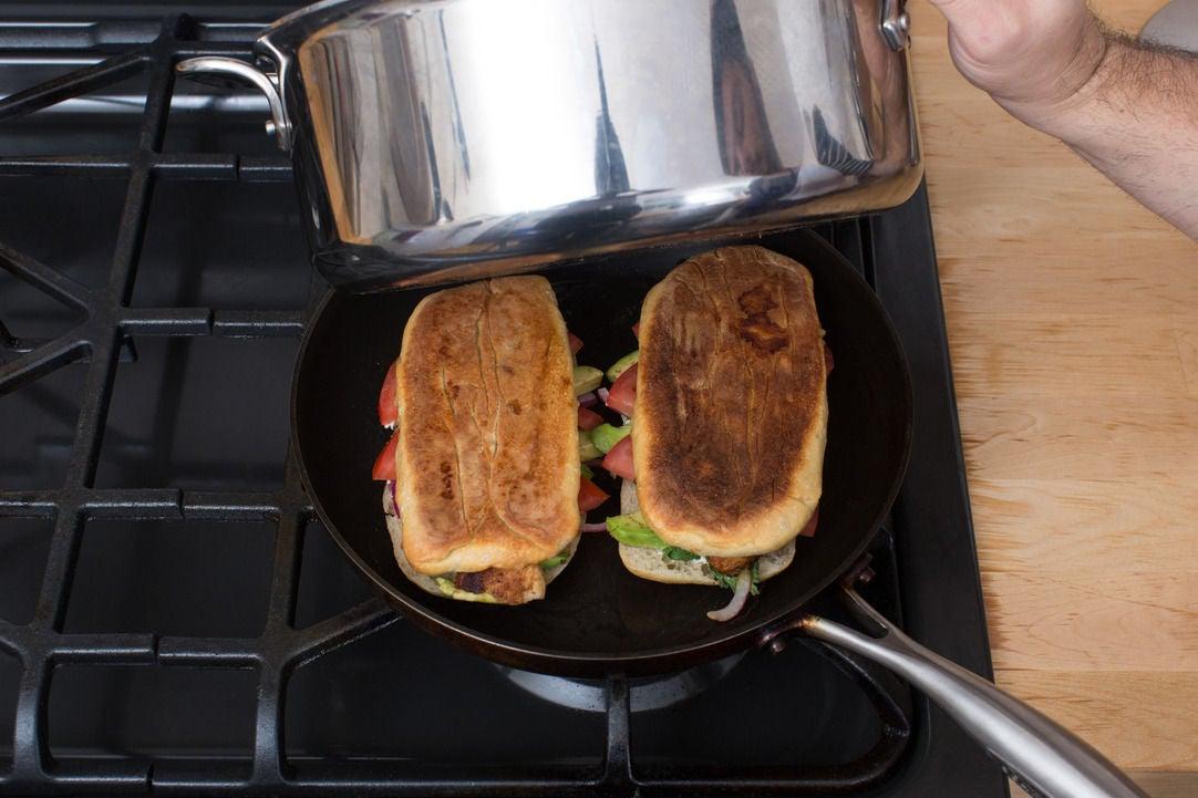 Toast the tortas: