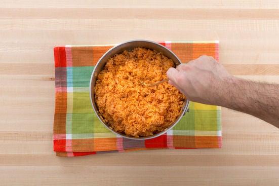 Make the tomato rice: