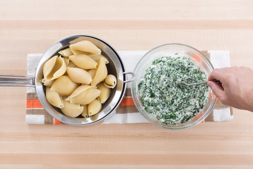 Cook the shells & make the filling: