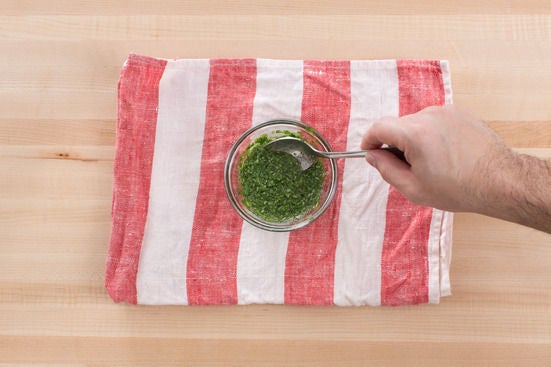 Make the cilantro chutney: