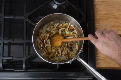 Cook the mushrooms & aromatics:
