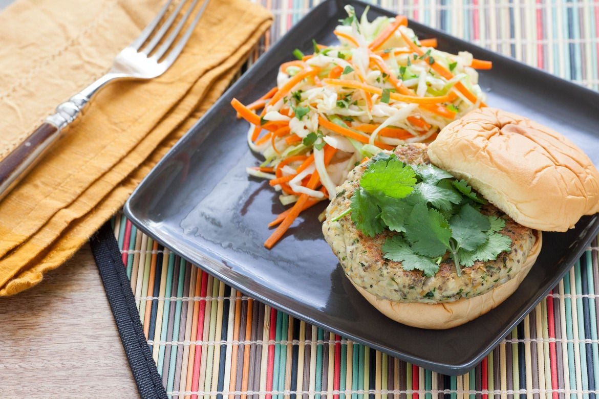 Recipe: Homemade Veggie Burgers with Miso Cabbage & Carrot Slaw - Blue ...