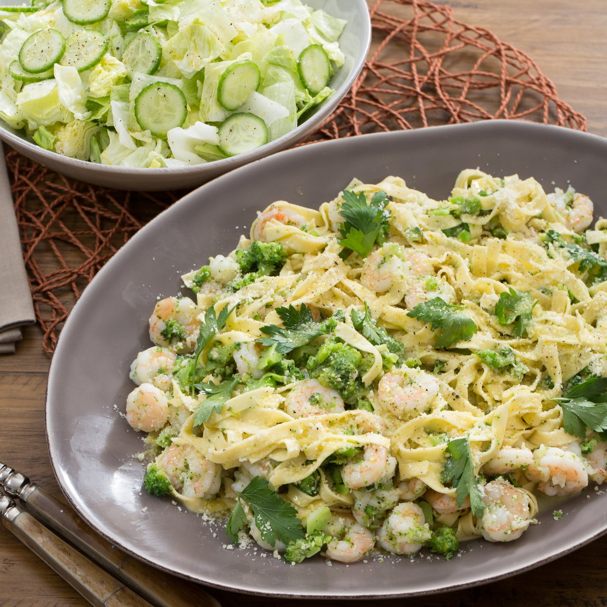 Shrimp Scampi & Fresh Linguine with Broccoli & Cucumber-Iceberg Lettuce Salad