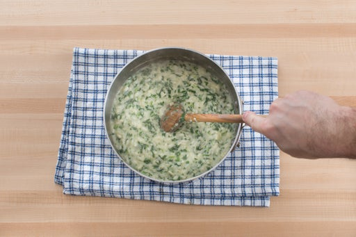 Finish the risotto & serve your dish: