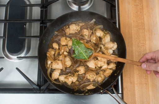 Finish the chicken & aromatics: