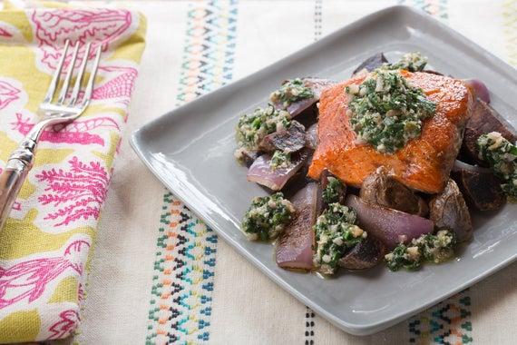 Seared Salmon & Spinach-Walnut Pesto