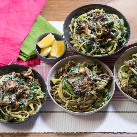 Creamy Pasta Primavera with Sautéed Asparagus & Crispy Maitake Mushrooms