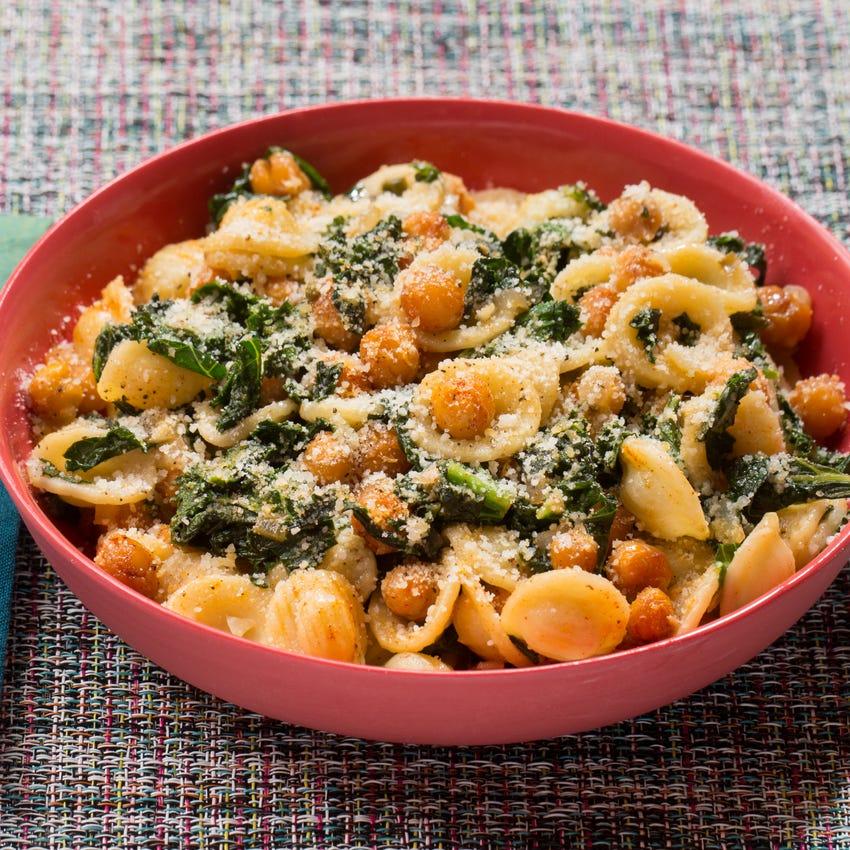 Orecchiette Pasta & Roasted Chickpeas with Kale & Smoked Paprika