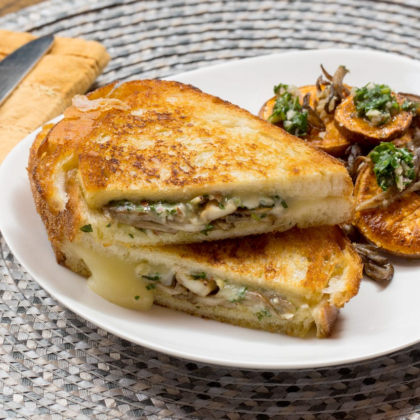 Fontina & Pesto Grilled Cheese Sandwiches with Maitake Mushrooms & Roasted Sweet Potato Rounds
