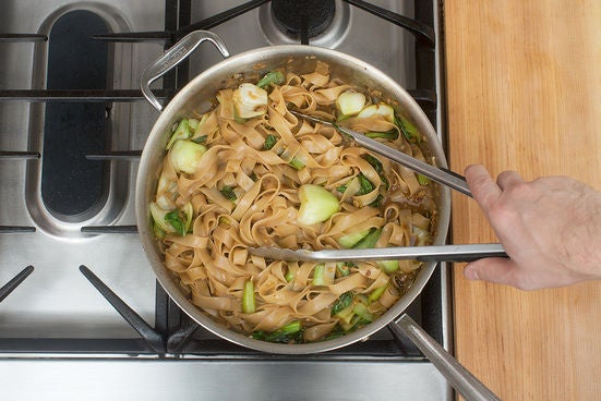 Finish the noodles & plate your dish: