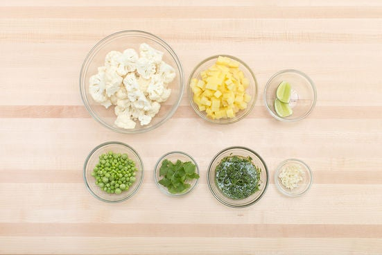 Prepare the ingredients & make the chutney: