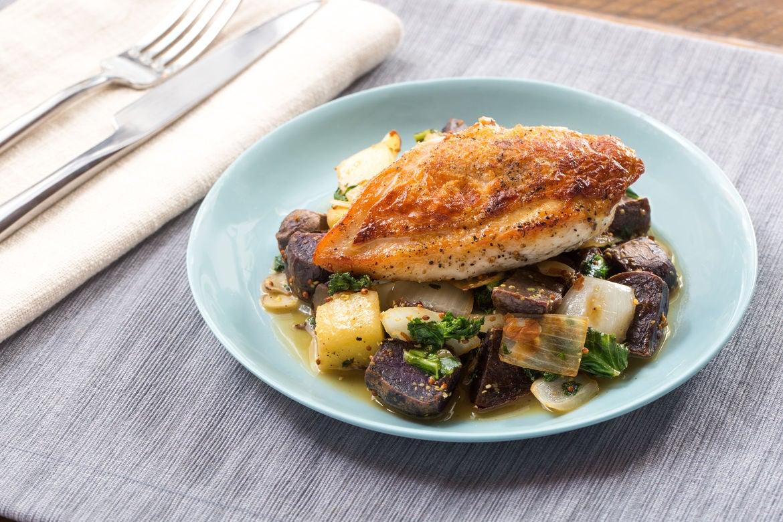 Blue apron kale hash - Seared Chicken With Saut Ed Purple Potatoes Kale Apple