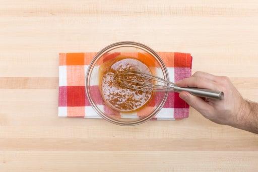 Make the peanut sauce: