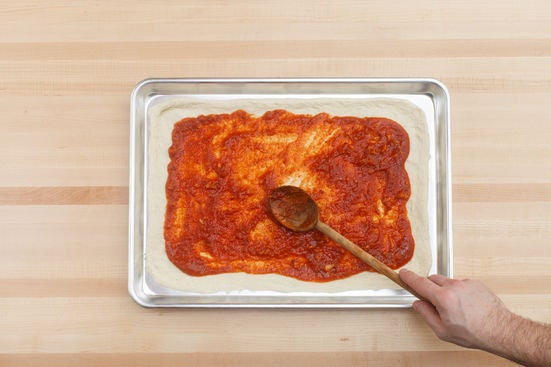 Prepare the dough & add the sauce: