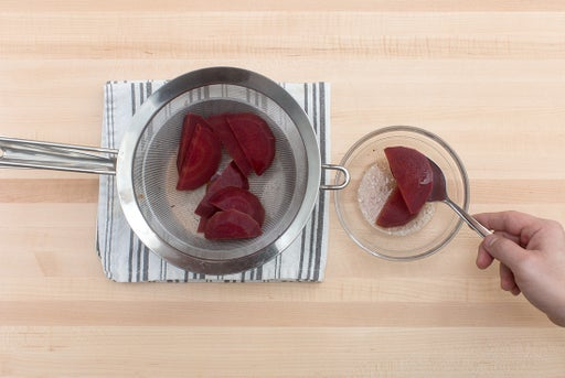 Cook & marinate the beet: