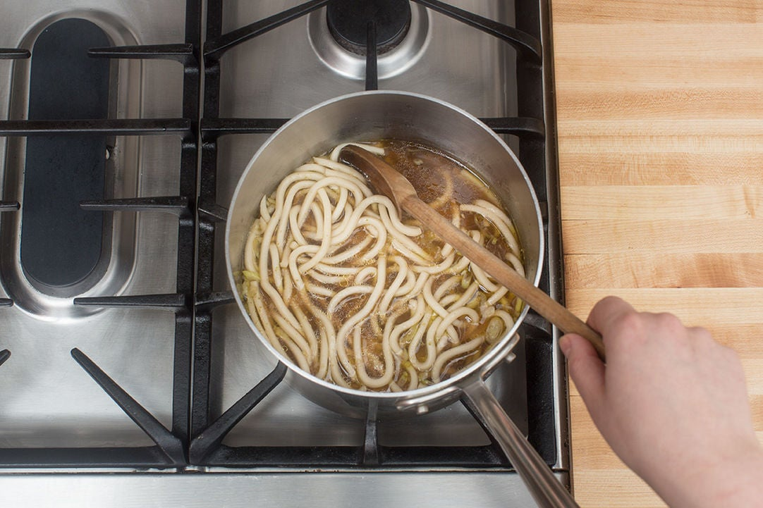 Add the noodles & make the broth: