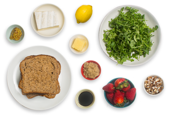 Grilled Brie Cheese & Strawberry Jam Sandwiches with Arugula & Walnut Salad ingredients