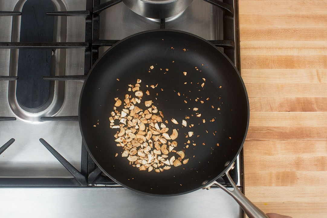 Toast the cashews: