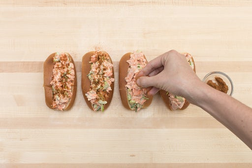 Assemble the salmon rolls & serve your dish: