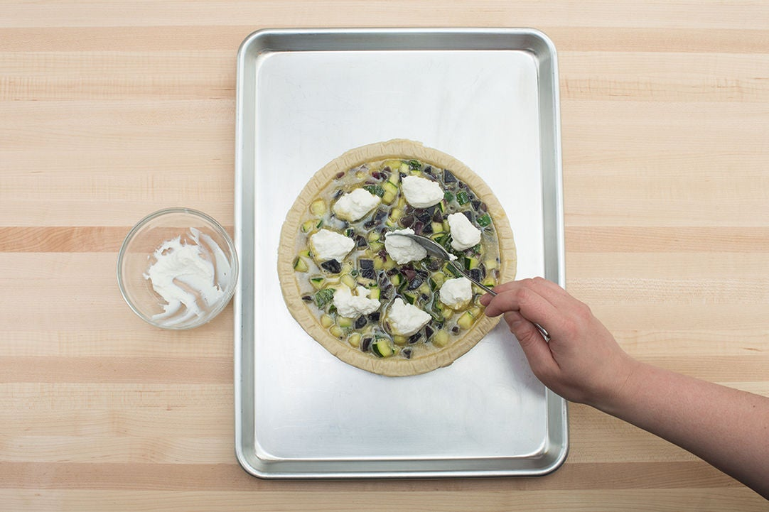 Assemble & bake the quiche: