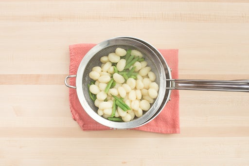 Cook the green beans & gnocchi:
