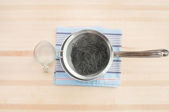 Cook the spaghetti: