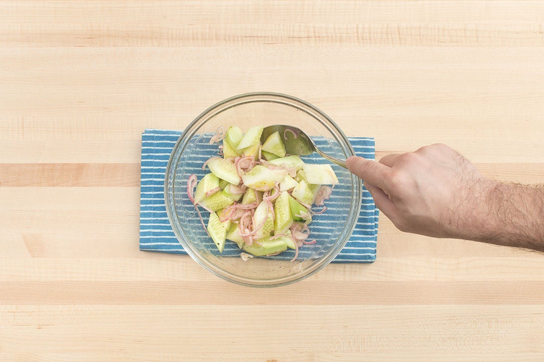 Make the cucumber salad: