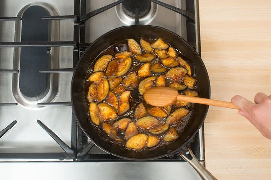 Cook the eggplant & make the sauce: