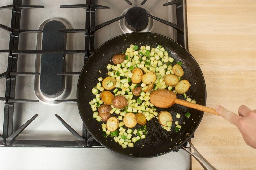 Add the zucchini & garlic: