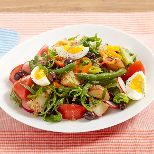 Summer Vegetable Niçoise Salad with Sweet Peppers & Hard-Boiled Eggs