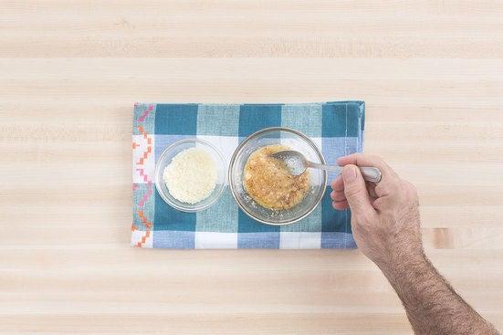 Make the garlic butter: