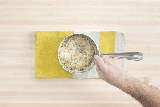 Make the shiitake rice: