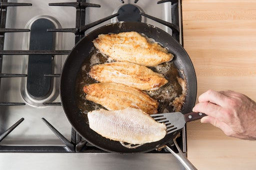 Cook the catfish & make the sauce: