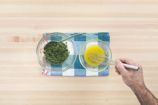 Make the pesto & vinaigrette:
