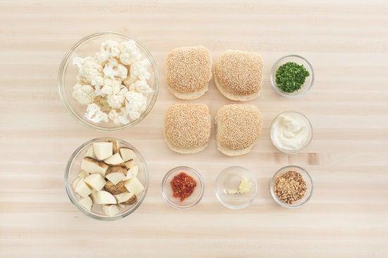 Prepare the ingredients & make the aioli: