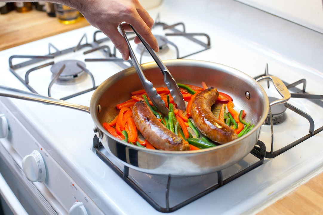 Cook the chorizo & peppers: