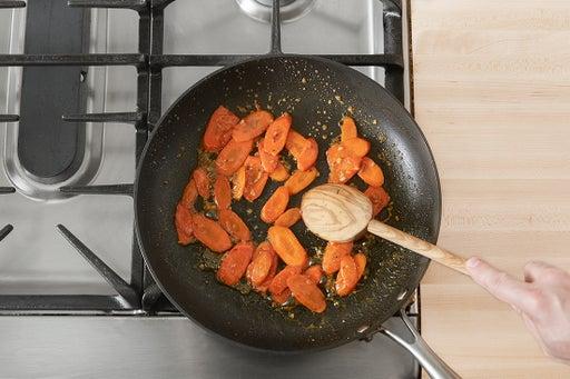 Cook & glaze the carrots: