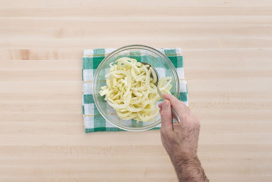 Marinate the fennel:
