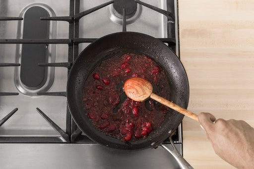 Make the cranberry sauce: